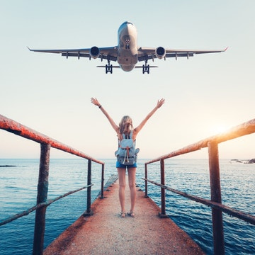 5 Natural Ways to Stay Healthy on Your Flight