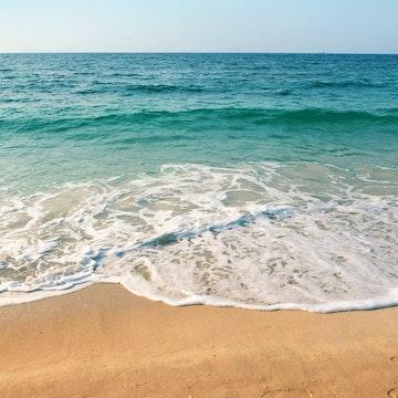 吴海洋?把海滩给您的